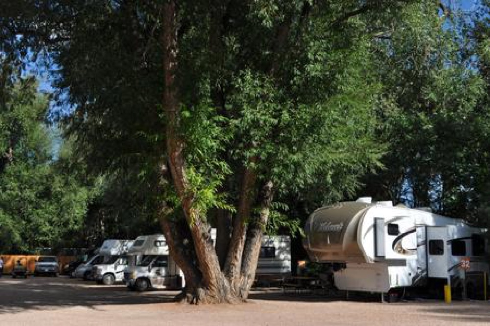 Pikes Peak RV Park & Cmpgrnds - Manitou Springs, CO - Campgrounds