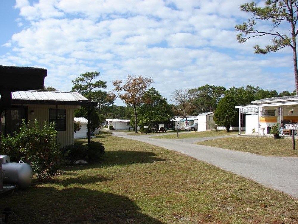 Frontier Campgrounds & Mobile - Brooksville, FL - Campgrounds