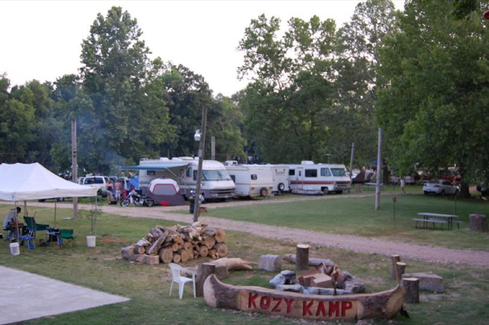 Kozy kamp in pineville mo