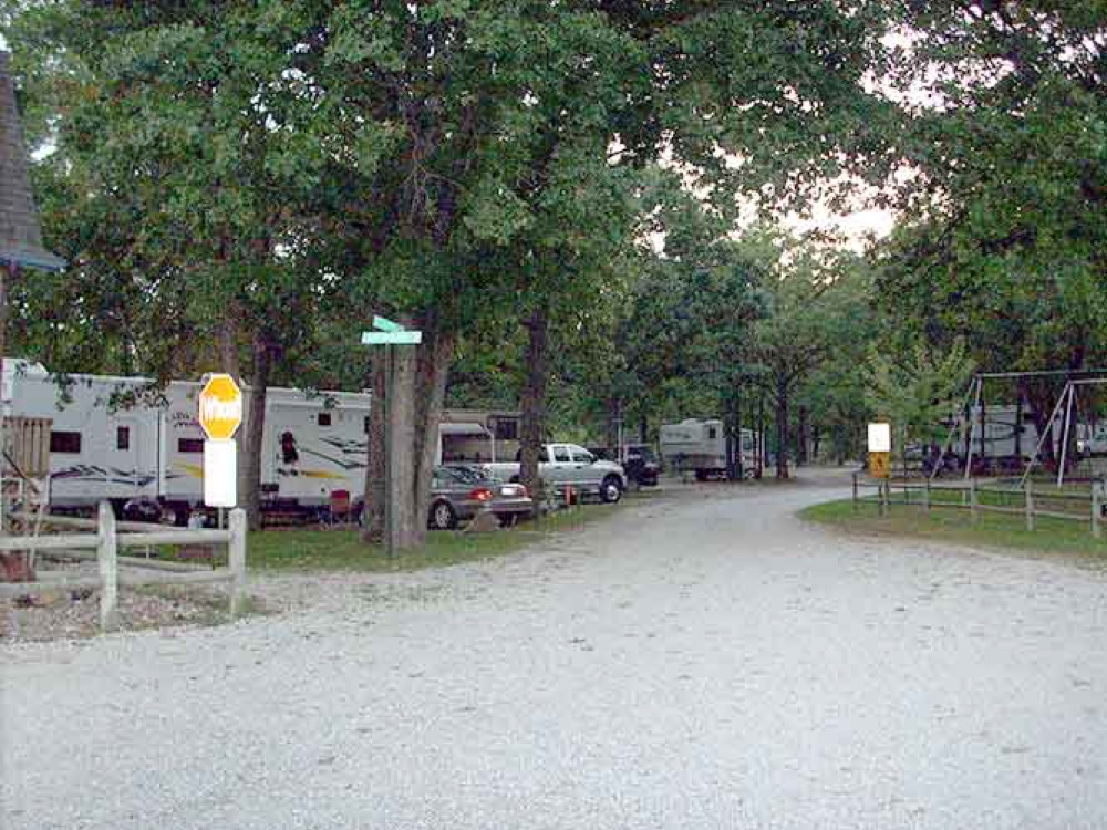 Ozark Trails Rv Park And Campgrounds Linn Creek Mo