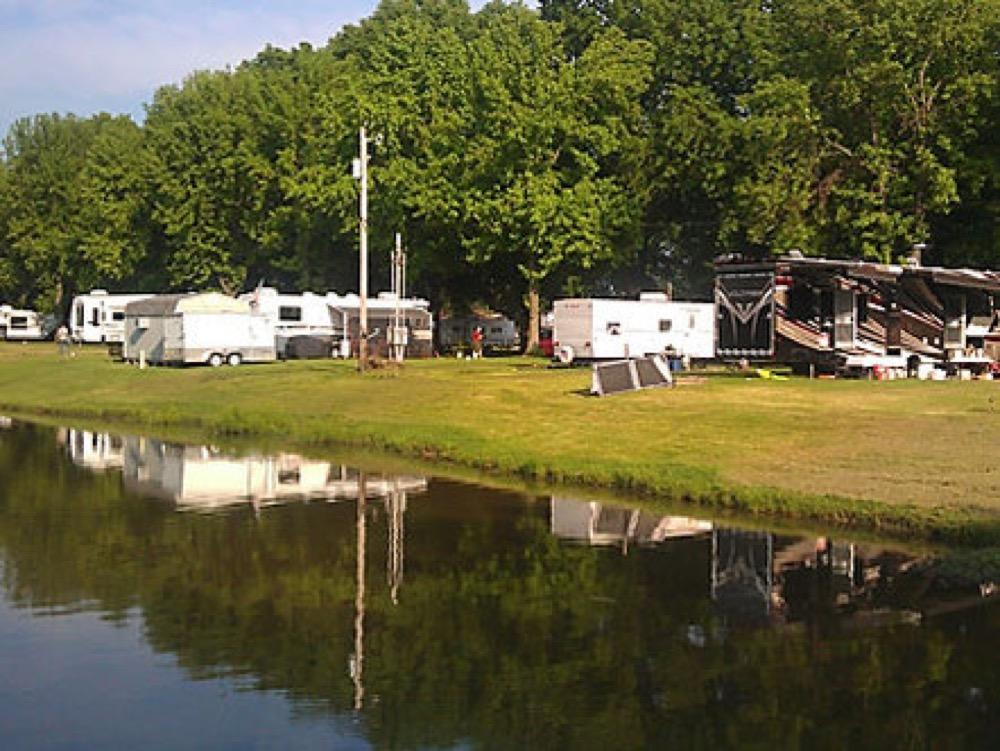 Blennerhassett RV Park - Belpre, OH - Campgrounds