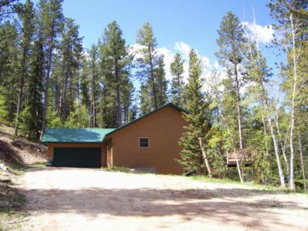 Bear trap home bear trap home camp native for Cabine black hills south dakota