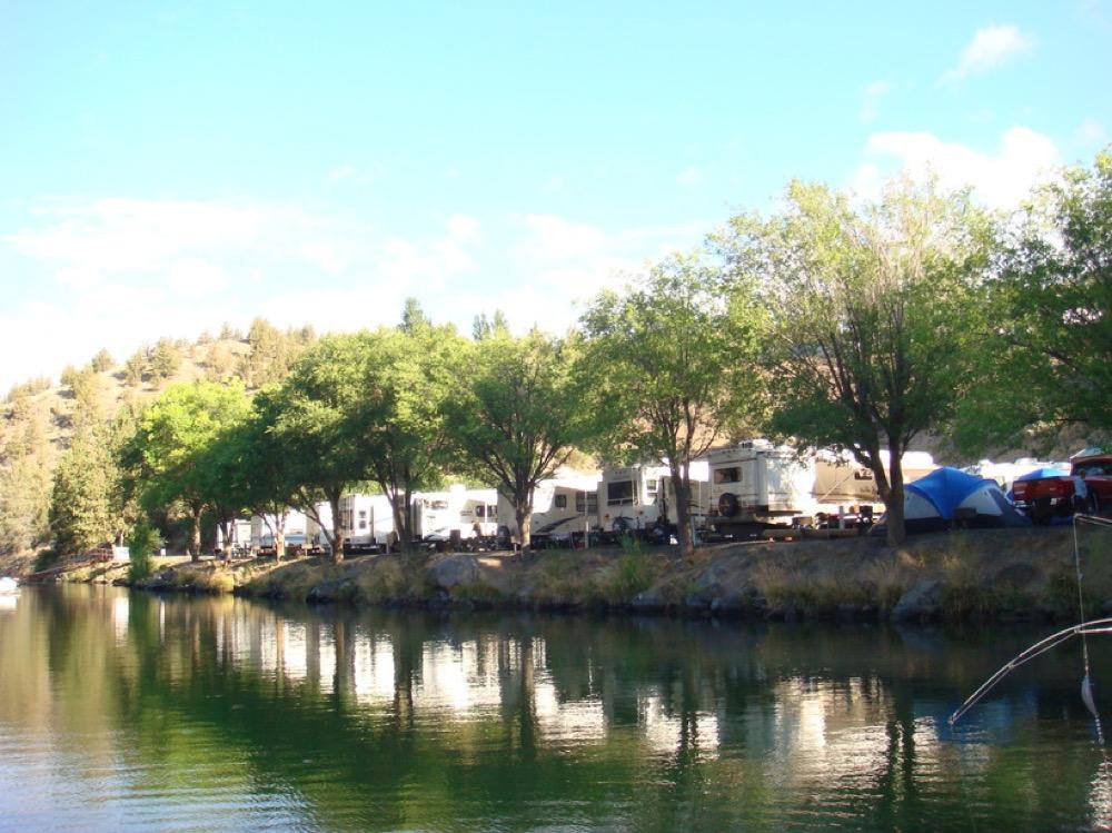 Lake Simtustus Resort - Madras, OR - Campgrounds